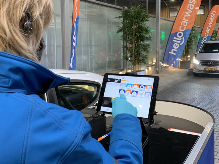 SPINpos iPad kassa bij Hello Carwash